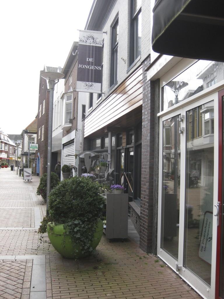 Pauzeren bij De Jongens in Winschoten