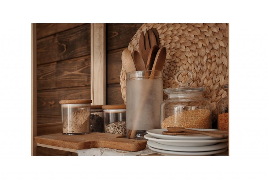 Open keukenplank decoratie landelijke stijl